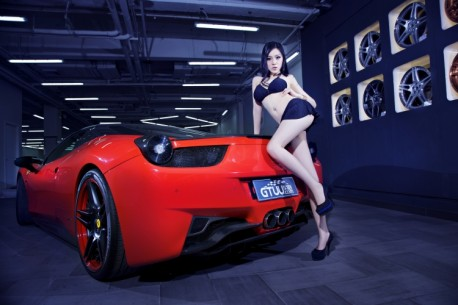 china-ferrari-babe-1-6