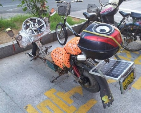 Home made electric bicycle from China comes with some novel ideas