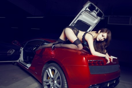 lamborghini-china-girl-0