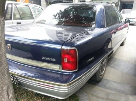 oldsmobile-98-china-2