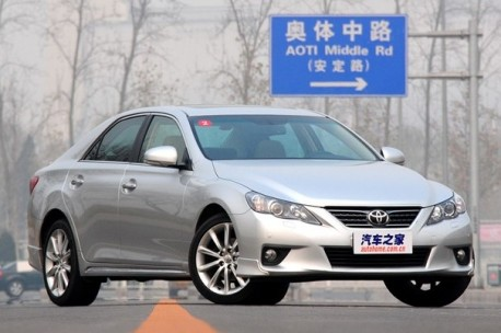 toyota-reiz-china-fl-3
