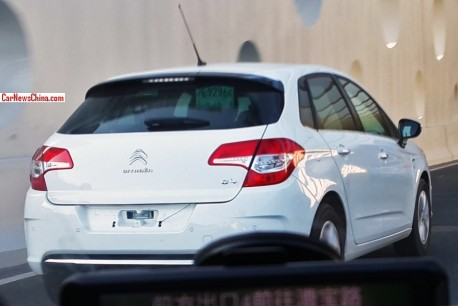 Spy Shots; Citroen C4 hatchback testing in China