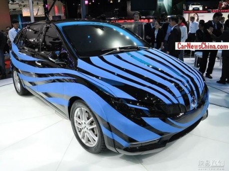 BYD-Daimler Denza EV will debut on the Guangzhou Auto Show in November