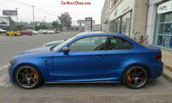 bmw-1m-matte-blue-china-2