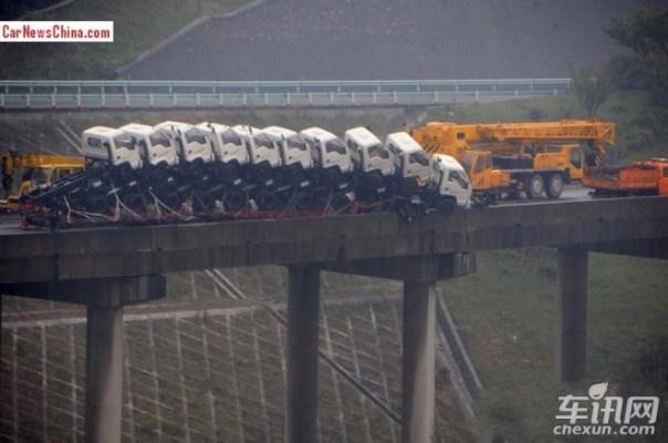 eleven-trucks-china-3