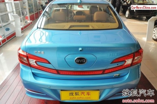 byd-qin-hybrid-china-dealer-3