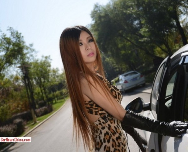 china-tiger-girl-buick-6