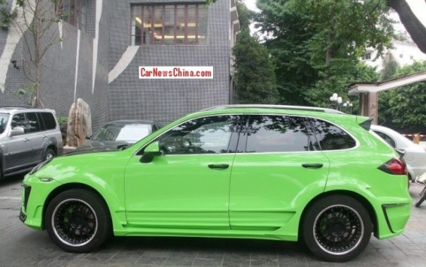 porsche-cayenne-green-china-2