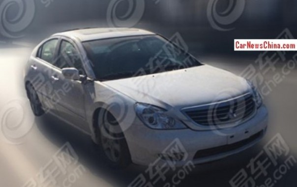 Spy Shots: SouEast V7 sedan testing in China