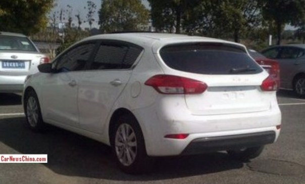 kia-k3-hatchback-china-2