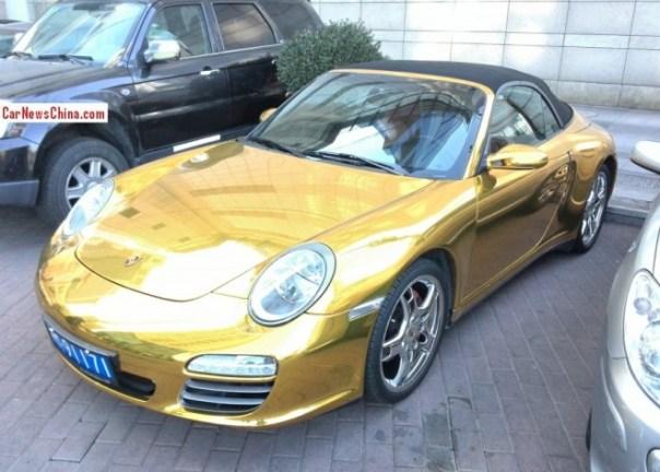 porsche-911-shiny-gold-china-4