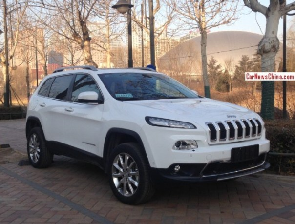 First 2014 Jeep Cherokee Spotted in China