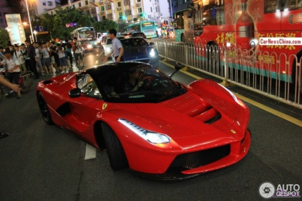 ferrari-laferrari-china-4