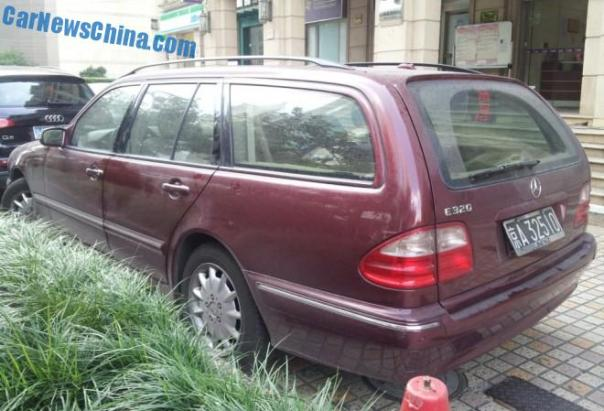 mercedes-benz-w210-wagon-china-3