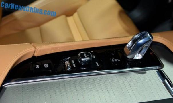 volvo-xc90-unveiled-2c