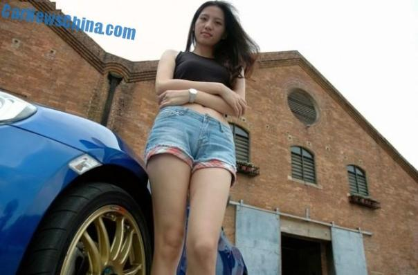 toyota-86-china-girl-1a