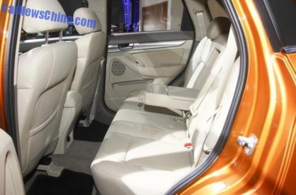 beijing-auto-senova-x65-2b