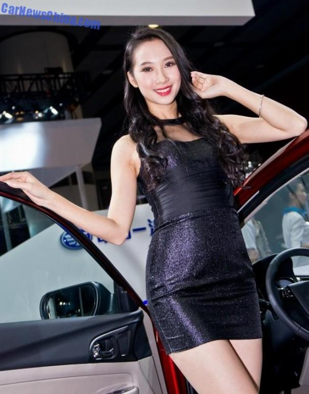 china-car-girls-gz-2-beijing-faw-1