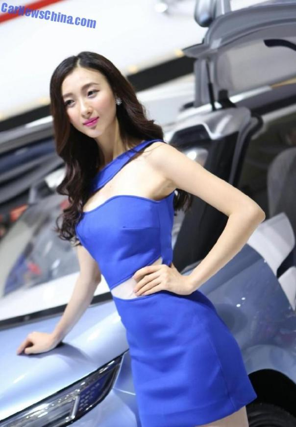 china-car-girls-gz-2-beijing-guangzhou-2