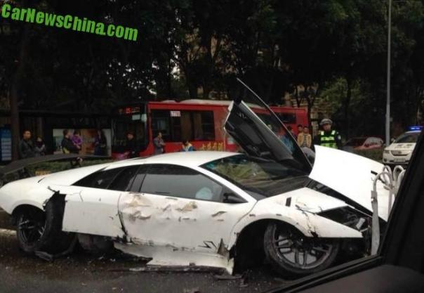 Five Lamborghini Supercars Crashed in China on Friday