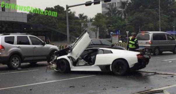 lamborghini-crash-china-1-4