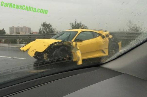 ferrari-f430-china-crash-2