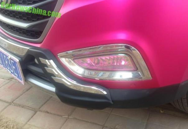 hyundai-ix35-pink-china-2