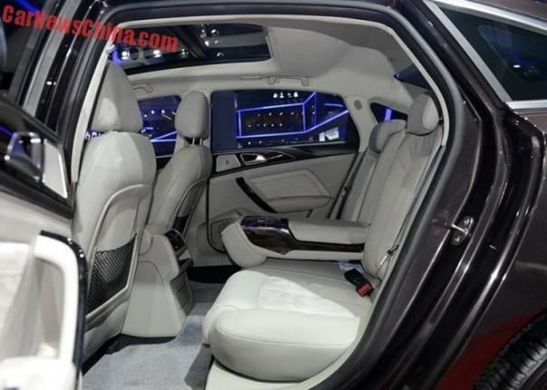 zotye-z700-china-shanghai-2b