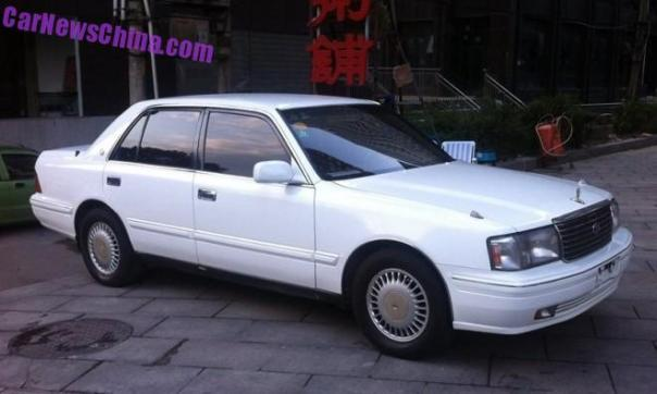 Spotted in China: Toyota Crown Super Saloon 3.0 Twin Cam 24 in White