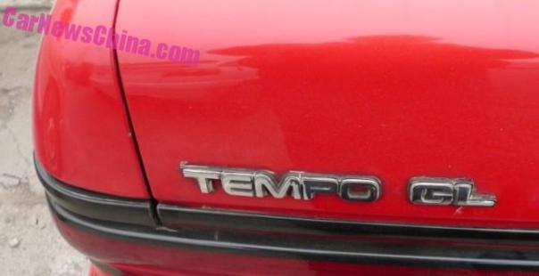 ford-tempo-red-china-5