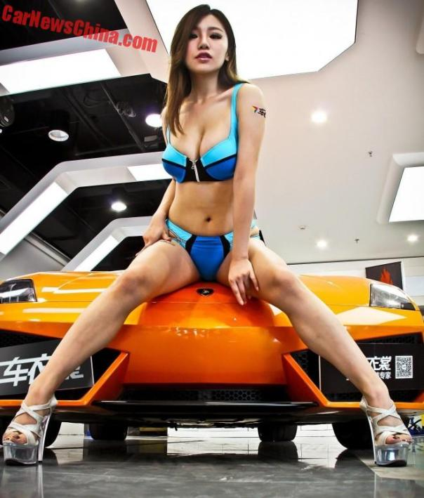 china-car-girl-lamboo-3