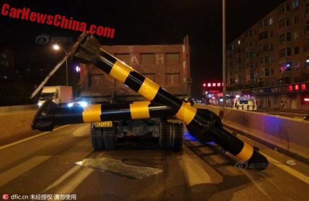 truck-pole-2d