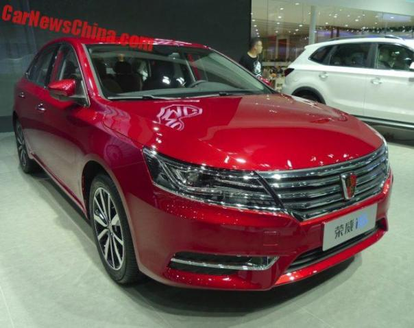 Roewe i6 & ei6 Launched On The Guangzhou Auto Show In China