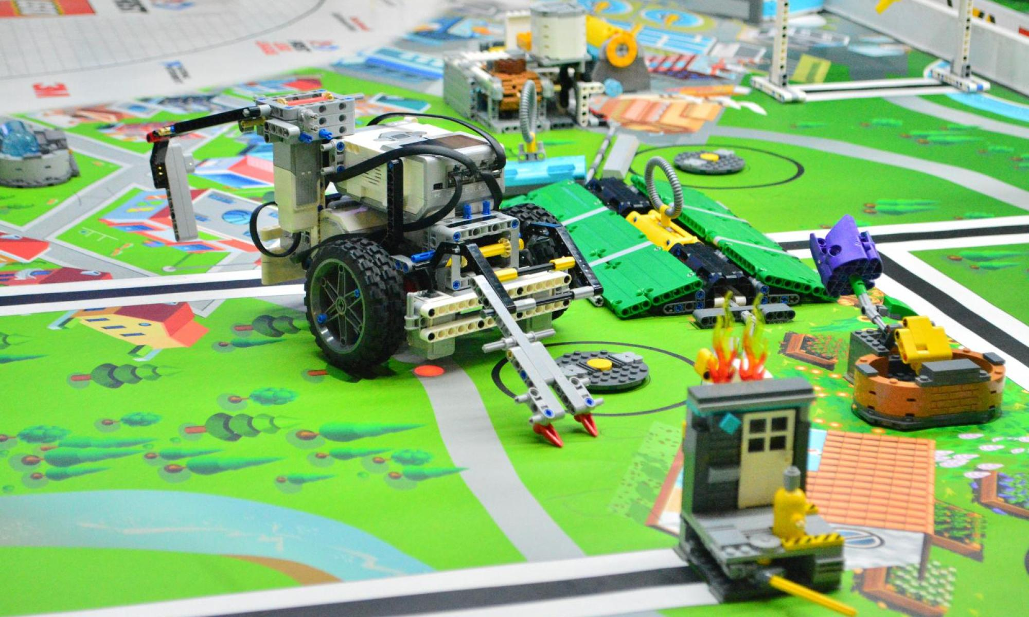 What BotQuest may look like featuring a LEGO EV3 rover.