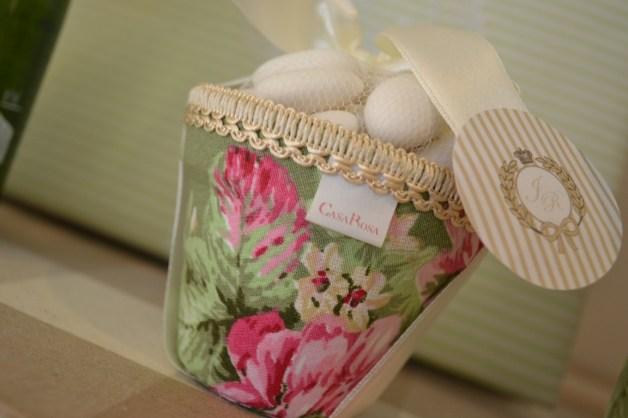 vasinho-para-colocar-amendoas-casa-rosa-complementos-blog-carola-duarte