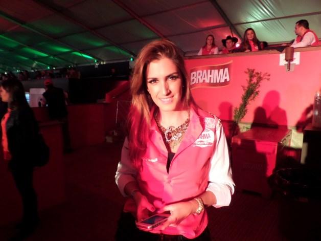 blogueira-oficial-do-camarote-brahma-country-em-jaguariúna-brahma-festival-blog-carola-duarte