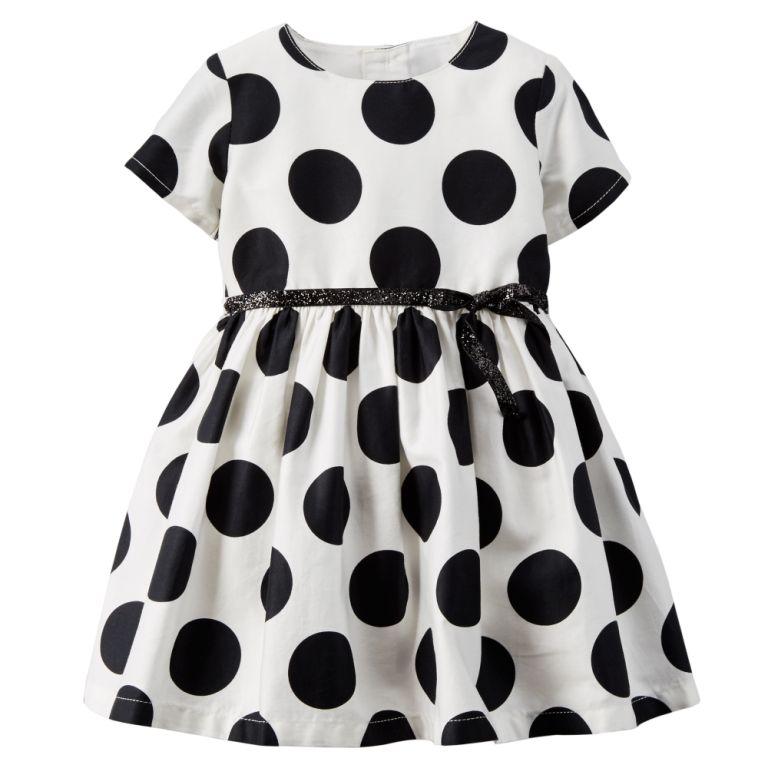 65dcda115d A marca norte-americana é uma das principais marcas de roupa infantil nos  Estados Unidos e é famosa por comercializar produtos fofos com um preço ...