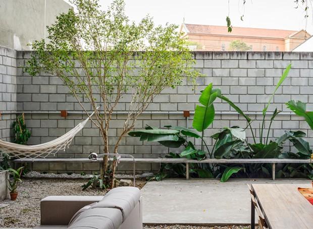 terra-e-tuma-casa-maracana-rede-banco-jardim