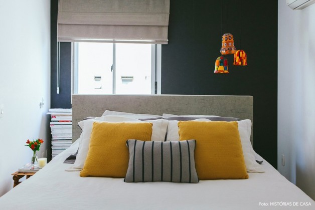 32-decoracao-quarto-parede-preta-amarelo