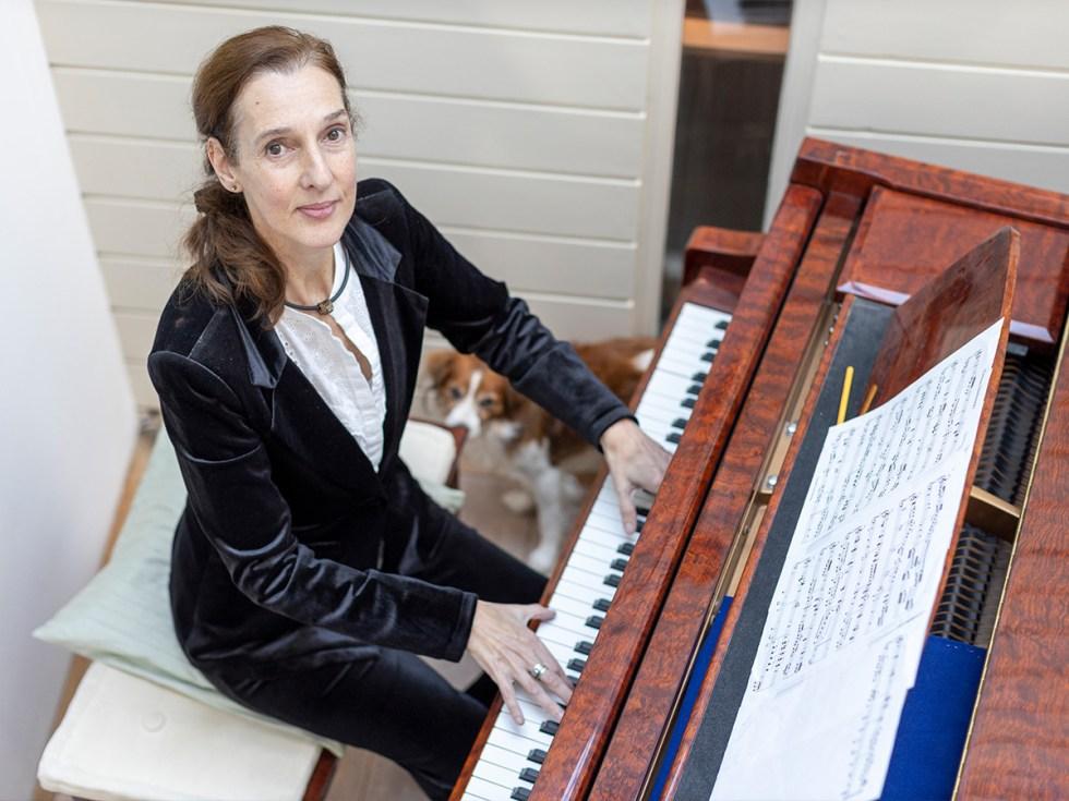 Carolien Devilee - Piano