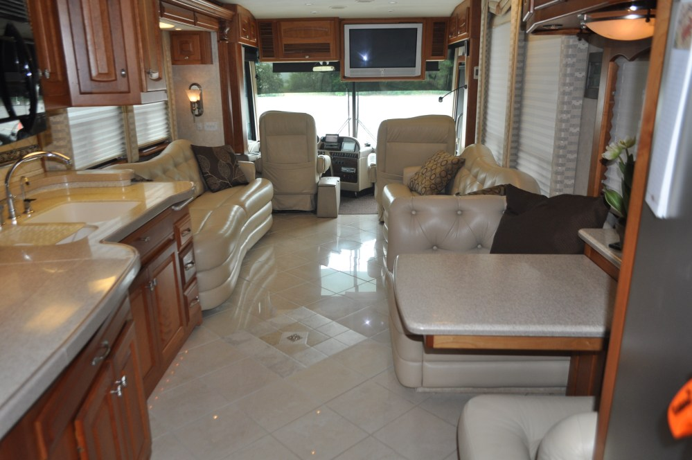 medium resolution of 2018 thor motor coach four winds 26b class c motor home