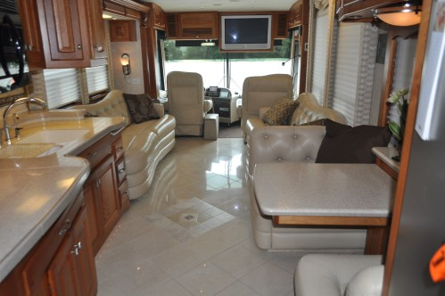 small resolution of 2018 thor motor coach four winds 26b class c motor home