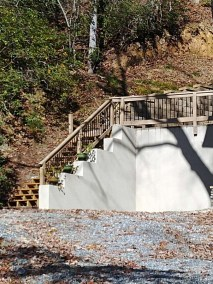 Concrete-Retaining-Wall-Stairway-2018