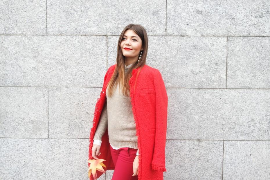 Cappotto rosso per l'autunno