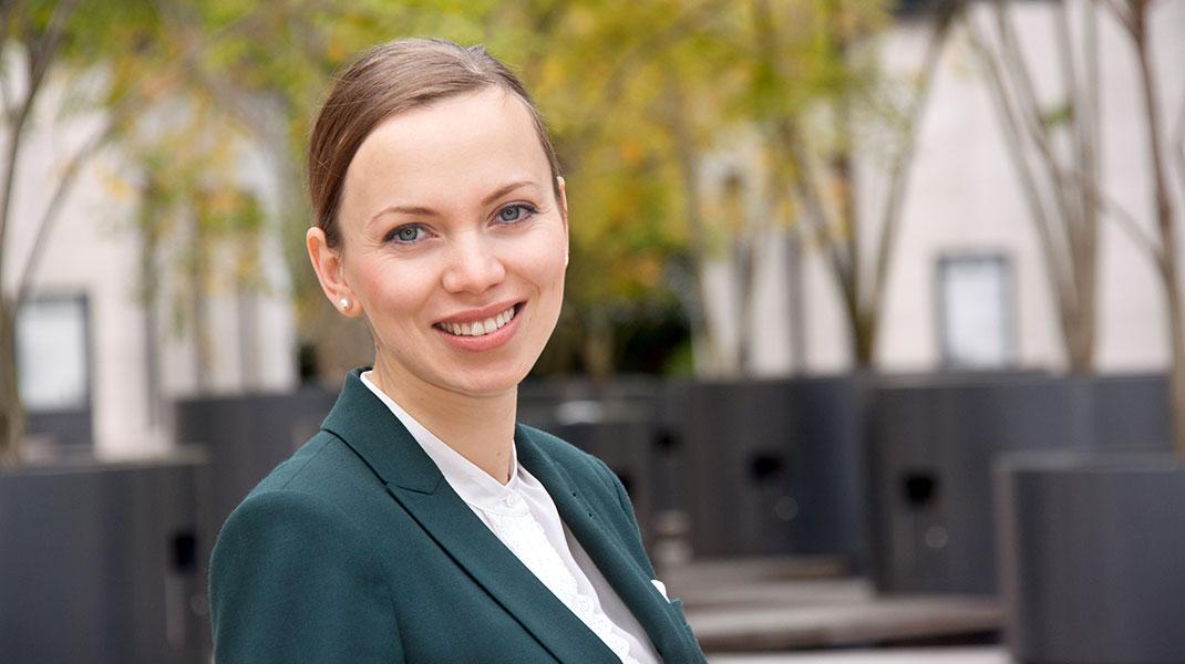 Businessporträt einer jungen Frau