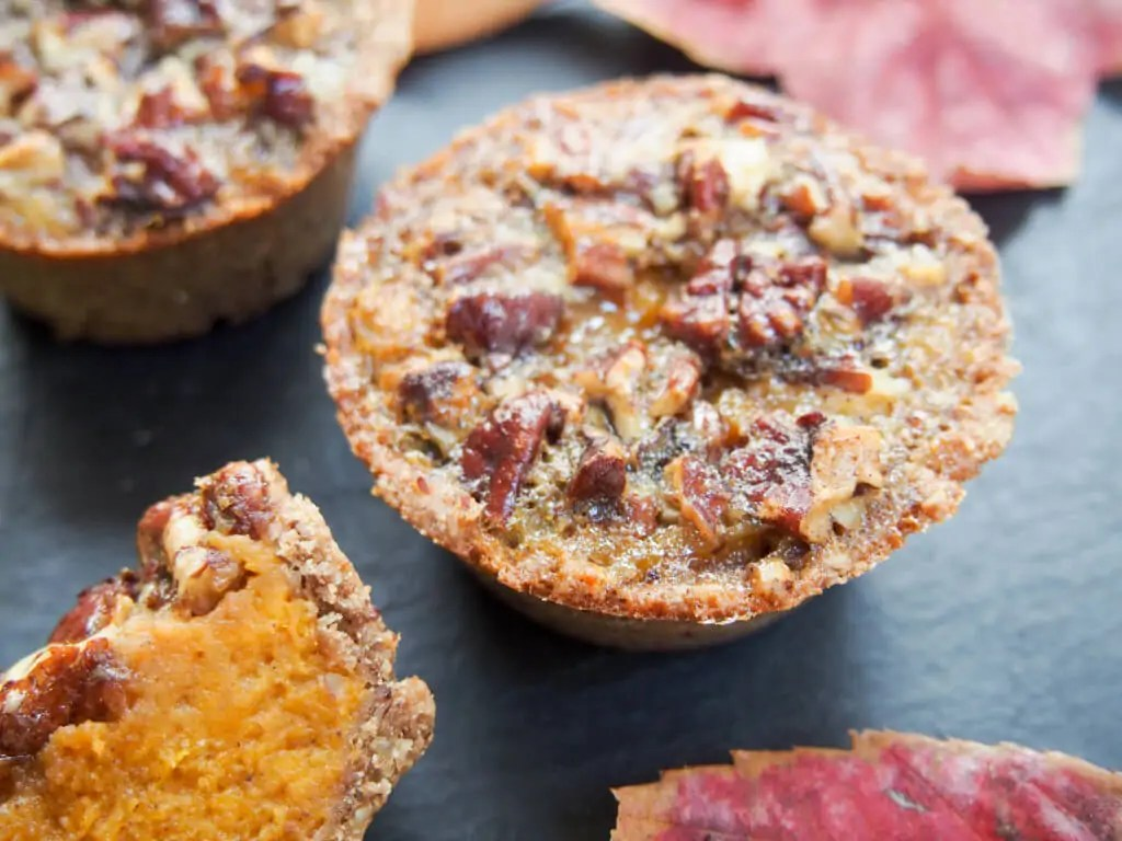 Healthier mini sweet potato pecan pie - With no refined sugar, wholewheat flour and hardly any butter, these mini sweet potato pecan pies are a lot healthier than most but still oh so delicious.