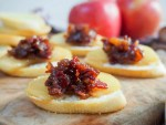 These caramelized apple and bacon jam crostini are a delicious sweet-savory mix, easy to prepare largely in advance and sure to be a hit with guests.