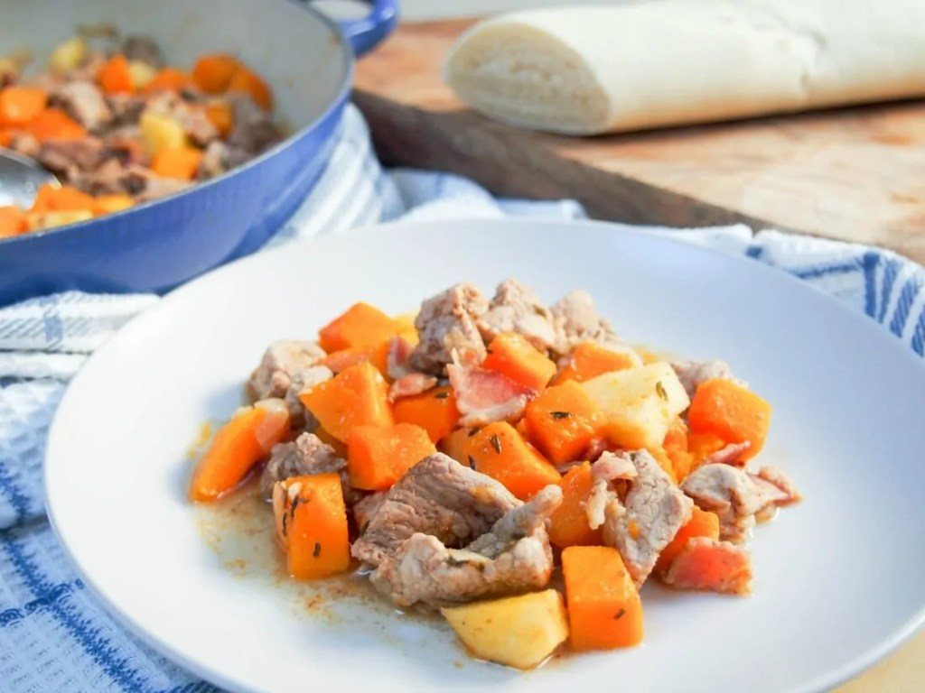 Apple, squash and pork skillet