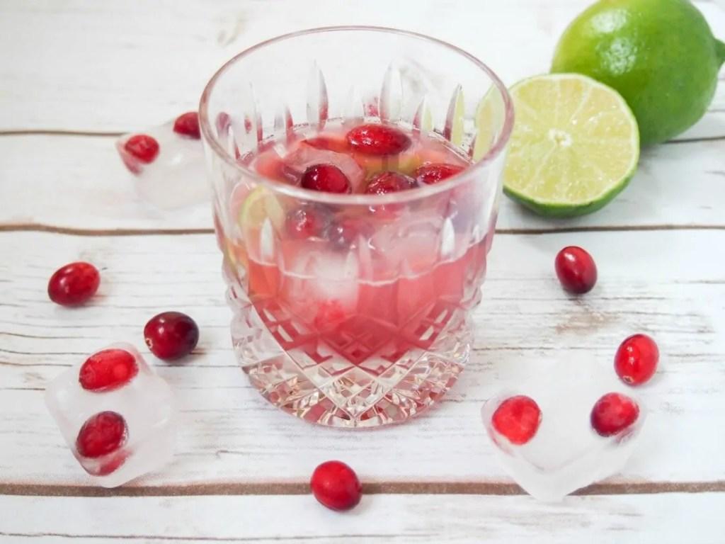 cranberry caipirinha