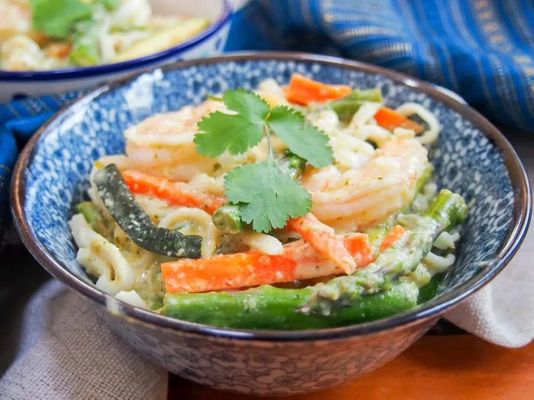One pot Thai green curry shrimp